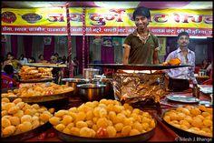 The #Chaat Food Center - #Indore  -  Madhya Pradesh #Street #Food #India #ekPlate #ekplatechaat