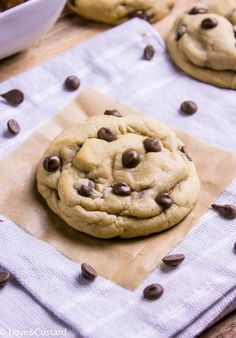 These chocolate chip cookies are perfection! Thick, soft and stuffed with peanut butter. Best of all, no chilling required!