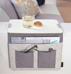 Sofa Butler - New Ideas Butler, Canapé Diy, Round Sofa, Best Kitchen Cabinets, Sofa Shop, Diy Sofa, Cool Inventions, Sewing Rooms, Unusual Gifts