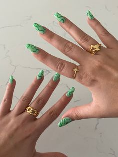 Edgy Nails, Funky Nails, Stylish Nails, Swag Nails, Trendy Nail Art, Nail Jewelry, Best Acrylic Nails, Acrylic Nails Green, Green Nail Art