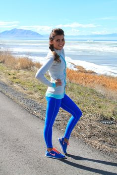 Love these bright blue running pants! Albion Fit Giveaway! - Wild One Forever
