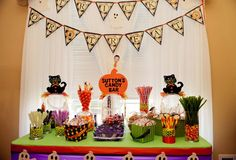 Sutton's Halloween Owl Themed 1st Birthday Party! | CatchMyParty.com