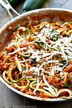 Turkey Bolognese Zucchini Noodles Classic Italian-style bolognese sauce made lighter with ground turkey and zucchini noodles! This one-pan dinner is loaded with an unbelievable amount of flavor. Zucchini Noodle Recipes, Zoodle Recipes, Spiralizer Recipes, Bake Zucchini, Zucchini Pasta, Ground Turkey Dinners, Ground Turkey Recipes, Turkey Bolognese, Bolognese Sauce