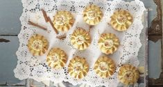 Cretan Sweet Cheese Pies by greek chef Akis. These delicious little pies are very common in Crete, the beautiful island in Greece and are called Cantaloupe Recipes, Radish Recipes, Greek Desserts, Greek Recipes, Frangipane Recipes, Spagetti Recipe, Gastronomia