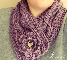 Knitting Pattern Name: Cable Neckwarmer Pattern by: Ana Conteras