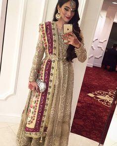 https://www.google.com/search?q=pakistani+bridal+tikka&source=lnms&tbm=isch&sa=X&ved=0ahUKEwjAj_Tlrf7aAhXGuRQKHYNCBNQQ_AUICigB&biw=1536&bih=750#imgrc=ZBxsRpAbUpPL0M: