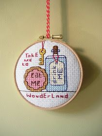 maximum RABBIT designs: how to frame your embroidery in a hoop.
