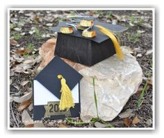 Congrats Grad Gift Set Class featuring Class of 2015 stamp and making grad cap treat box filled with mini treat cap, plus fancy fold card for added gift.