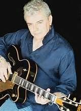 Russel Hitchcock (June British singer known from the band Air Supply. Air Supply, Mom And Sister, Kinds Of Music, Hollywood Celebrities, Great Bands, Perfect Man, Pop Music, Music Bands, The Beatles