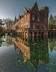 Reflection Photography, Portrait Photography, Bremen Germany, Europe Holidays, North Rhine Westphalia, Victorian Homes, Habitats, Cathedral, Mansions