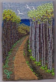 Tree Art~Painting with beads. Jo Wood is amazing Jo Wood, Thema Deco, Tapestry Weaving, Ribbon Embroidery, Tree Art, Fabric Art, Mosaic Art, Bead Art, Bead Crafts