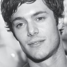 hahaha i don't know his name.. its just seth cohen from the OC. such a cutie