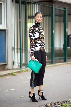 Caroline Issa showcasing Parisian street style during #PFW. See her look and more, here: