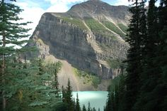 View of Lake Louise from above on Teahouse Trail.
