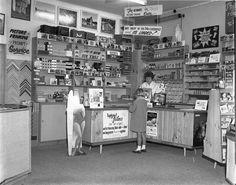 Gilbert Melrose, Melrose Photography Shop, Arawa Street, Matamata c. 1970, 2015