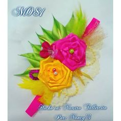 Lazos, Cintillos, Bandanas Para Niñas Y Recién Nacidas. - Bs. 1.990,00 en Mercado Libre Diy Headband, Baby Headbands, Ribbon Hair, Hair Bows, Baby Accessories, Hair Jewelry, Flowers In Hair, Hair Clips, Diy And Crafts