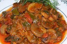 227507 Eggplant Mushroom Recipe, Mushroom Recipes, Ghana Food, My Favorite Food, Favorite Recipes, Meat Steak, Romanian Food, Romanian Recipes, Soul Food