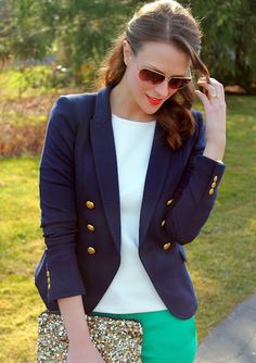 Navy blazer #fashiontrend oh my! Navy jacket and teal pants! Check and check!