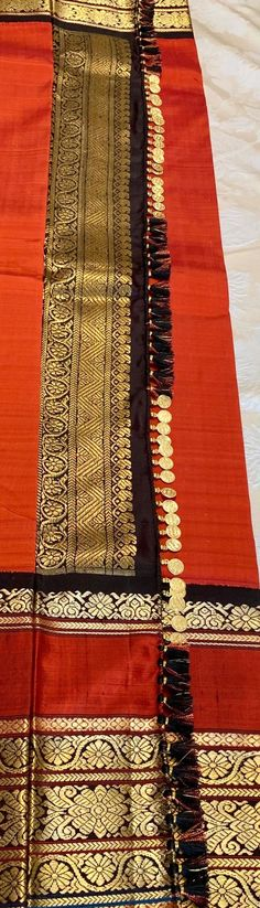 Saree Kuchu New Designs, Saree Tassels Designs, Kids Blouse Designs, Wedding Saree Blouse Designs, Simple Kurti Designs, Wedding Silk Saree, Latest Saree Blouse, Stitching Dresses, Yellow Saree