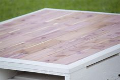 DIY Pallet Coffee Table Gets an Outdoor Makeover - Southern Revivals