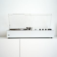 dieter rams for braun. there's just something about braun design that makes me think of you. Record Players, Lp Player, Lps, Dieter Rams Design, Braun Dieter Rams, Charles Ray Eames, Interior Design Trends, Chaise Vintage, Electronics Gadgets