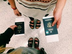 Who do you love travelling with? ✈ #Passporter