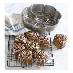 cinnamon bun pull apart nordic ware