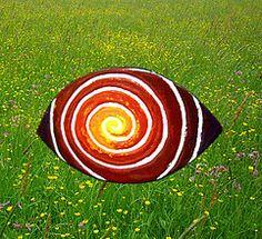 Šarkan / KatarinaKondacova - SAShE.sk - Handmade Náhrdelníky Ufo, Hair Clips, Autumn, Hair Rods, Fall Season, Fall, Hair Pins, Pin Up Hair, Hair Barrettes