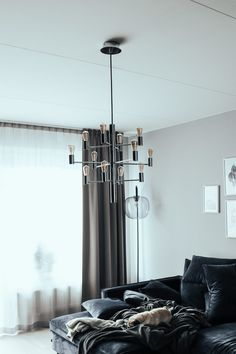 Ny vardagsrum lampa – Elin Molimenti Family Room, New Homes, Interior Design, Lighting, Mamma, House, Future, Tv, Decor