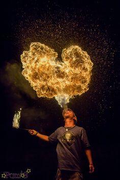 heart fire - cracheur de feu by Ohdrey Pom, Light-Painter, 500px
