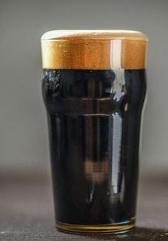 Getting that First Batch of Beer Brewing – Home Beer Brew Brewing Recipes, Homebrew Recipes, Beer Recipes, Make Your Own Beer, How To Make Beer, Malta, Dark Beer, Alcohol, Brewing Equipment