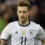 Marco Reus passes his driver's test, 2 years after 540,000 Euros fine.  http://www.thefootballmind.com/ramnarayan
