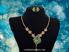 Gold short necklace design from Jewel one