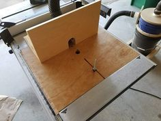 Router table that sits in my table arm extension - Version 2.0 Check out the full project http://ift.tt/2kY9WZE Don't Forget to Like Comment and Share! - http://ift.tt/1HQJd81