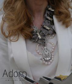#JewellerySteetStyle #JewelleryTrends #JewelryTrends #jewelleryoftheday #jewelryoftheday #Jewellery #Jewelry #trends #Adorn #AdornLondon #MilanFashionWeek #StreetStyle #necklace #black #gold #choker #layer
