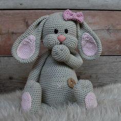 Crochet amigurumi doll diy 43 new ideas Crochet Easter, Crochet Fish, Easter Crochet Patterns, Crochet Patterns Amigurumi, Crochet For Kids, Amigurumi Doll, Crochet Animals, Crochet Dolls, Free Crochet