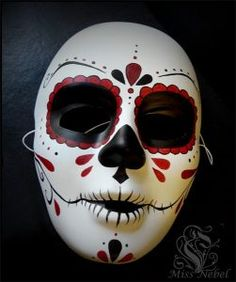 mascaras-de-catrinas-papel (5) » Catrinas10 Mascaras Halloween, Halloween Crafts, Halloween Face Makeup, Halloween Dress, Owl Tattoo Design, Tattoo Designs, Creepy Masks, Paper Mache Mask, Mask Images
