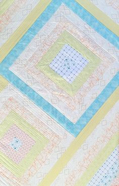 LifesABeach: Lap Cot Quilt 80 x 125 cm by SkinnyMalinkyQuilt