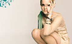 Emma Watson I want your stylist!