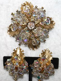 Vintage-stunning-demi-parure-brooch-earrings-with-crystals-by-LAGUNA-ca-1950