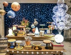 Children's party with the theme of astronauts - Celebrat : Home of Celebration, Events to Celebrate, Wishes, Gifts ideas and more ! Space Baby Shower, You Are My Moon, Astronaut Party, Decoration Evenementielle, Decorations, Outer Space Party, Galaxy Theme, Moon Party, Space Theme