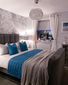 Closet Bedroom, Girls Bedroom, Bedroom Decor, Have A Good Weekend, Good Marriage, Luxurious Bedrooms, Blanket, Luxury, Inspiration