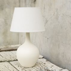 Ceramic Onion Lamp-White on white