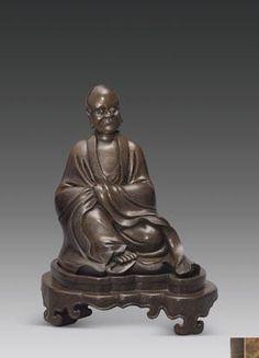 罗怙罗尊者像 创作年代 明 材质 合金铜 尺寸 尊者高27cm;底座高7cm 估价 1,500,000 - 1,800,000 RMB 成交价 -- 作品分类 佛教文物其它 作品描述 风格:中原…