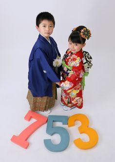 写真館ピノキオ荻窪 七五三 写真館 フォトスタジオ 七五三記念 753 7歳 振袖 兄弟 Rite Of Passage, Traditional Outfits, Baby Kids, Minnie Mouse, Kids Outfits, Kimono, Disney Characters, Children, Clothing