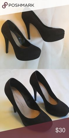 Lauren Conrad heels Lauren Conrad heels with platform in the front! LC Lauren Conrad Shoes Heels