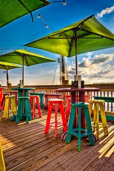 Sunset Pier, Key West Tropical libations, cool evening breeze, steel drums and friends. paradise it is. Key West Vacations, Dream Vacations, Vacation Spots, Pool Bar, Key West Florida, Florida Keys, Floride Usa, Oh The Places You'll Go, Places To Travel