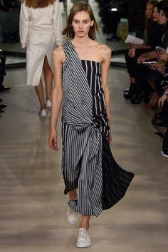 Joseph Spring 2016 Ready-to-Wear Collection Photos - Vogue