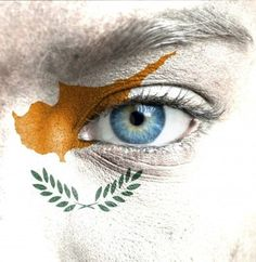 16523472-human-face-painted-with-flag-of-cyprus.jpg (1170×1200)