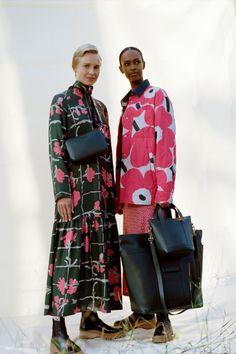 Marimekko, Flower Prints, Autumn Winter Fashion, Plus Size Fashion, Cool Style, Kimono Top, Winter Jackets, Fashion Tips, Fashion Hacks